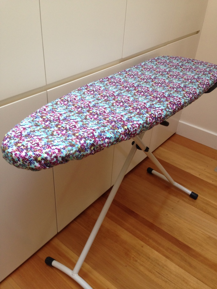 The finished ironing board cover